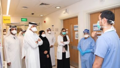 Photo of رئيس مجلس الوزراء وزير الداخلية يزور مركز الأمراض الانتقالية